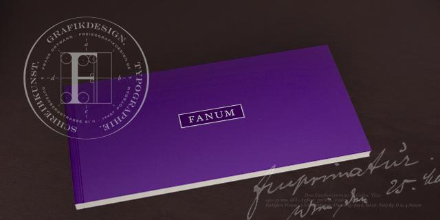 FANUM by Frank Ortmann High Design Fanum-Broschur feines Grafikdesign Gebrauchsgrafik Englische Schreibschrift Monogramme Wappen und Signete Hand-Lettering Max Goldt Emirates Palace